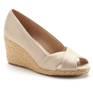 Chaps Canvas Peep Toe